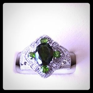 Green Russian Chrome Diopside Ring